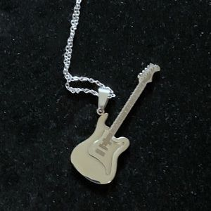 NWOT Silver Guitar Necklace